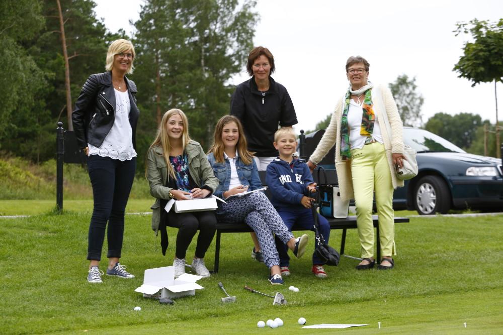 Familjen Hörnfeldt med puttävlingen