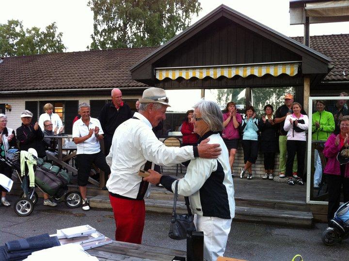 Midsommardansen 2011 - Ulla Bergström spelade med Kennet Nilsson (pro)