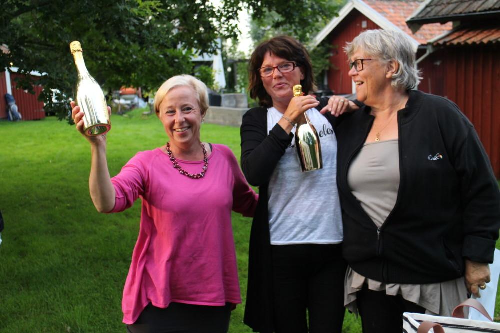 Lagvinst - Eva Rylander, Katja Harlin + en hemlig score från Margaretha Olofsson, som visade sig vara 31 poäng. Eva och Katja blev bara två i sin boll, därav den hemliga scoren.