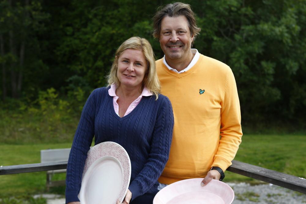 Vinnarna Marie och Peter Larsson från hemmaklubben berättade att de tidigare inte lyckats i parspel och att det var extra roligt att få göra det på hemmaplan med en fin score på 66,6 slag.