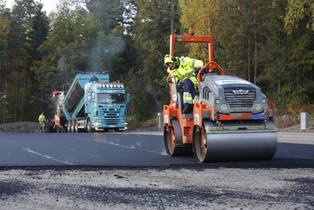_C8A7356_asfalt