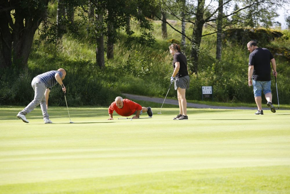 2016-07-13-pq-hjarnslaget_c8a8384-green-team-kolla-puttlinjen