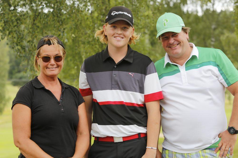 _c8a9522-golfkampen-vinnare-helena-l-philip-a-anders-s